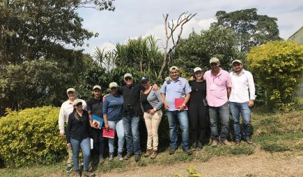 Bird Friendly workshop in Colombia.
