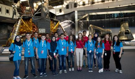 Science students and Explainers pose at Air and Space Museum