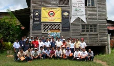 Peru coffee producers at Bird Friendly training workshop