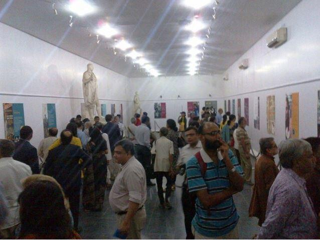 "Visitors view the ""Beyond Bollywood"" exhibition at Victoria Memorial Hall in Kolkata, India, November 2014. Photo Credit U.S. Consulate, Kolkata"
