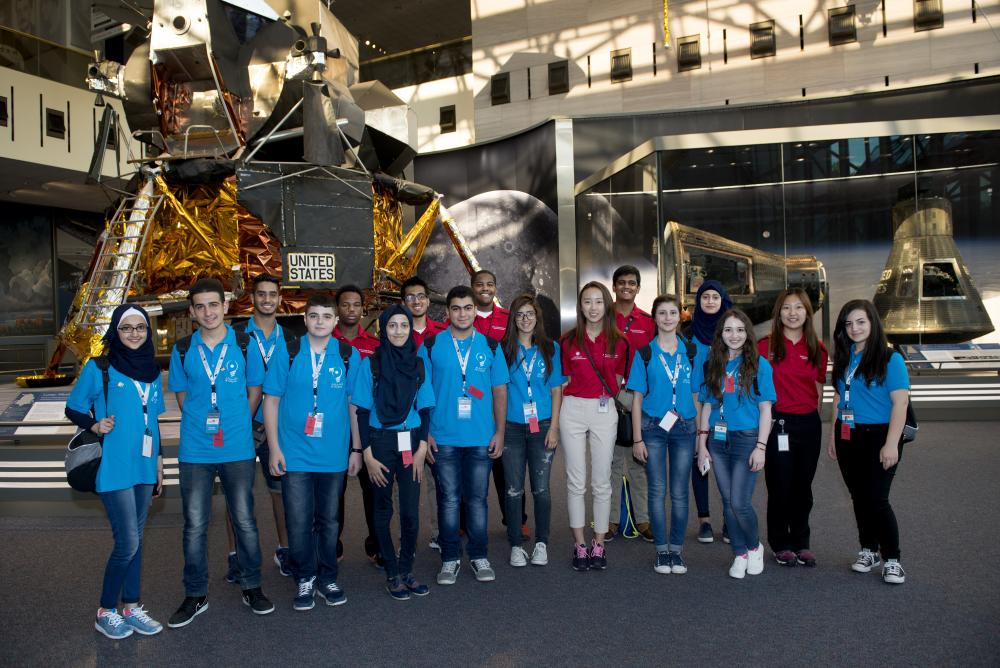 Visiting STEP (Science and Technology Entrepreneurship Program) Students and Explainers.