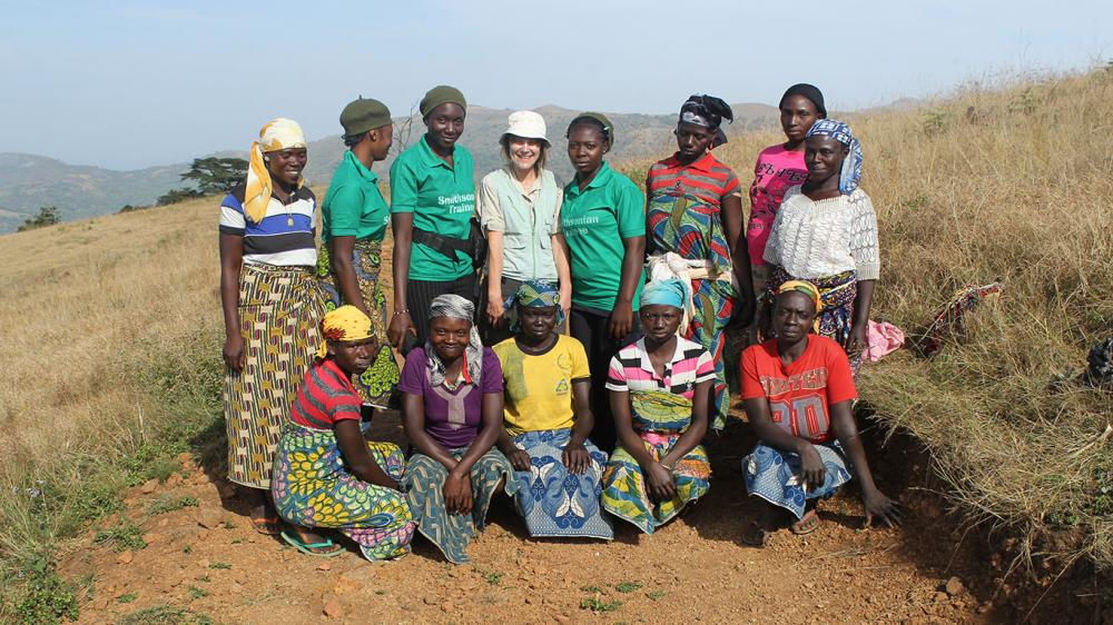 The ladies in the team with Hazel and local women from Ndombo Ngishi. Photo credit: Hazel Chapman.